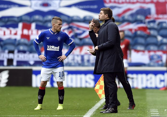 Steven Davis en Steven Gerrard.