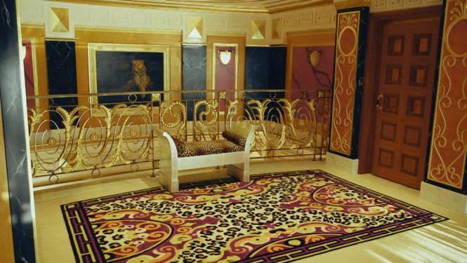 Superduur hotel Burj Al Arab laat uitzonderlijk camera toe