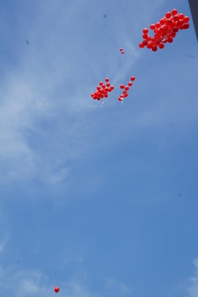Ballonnen met vrijkaartjes.