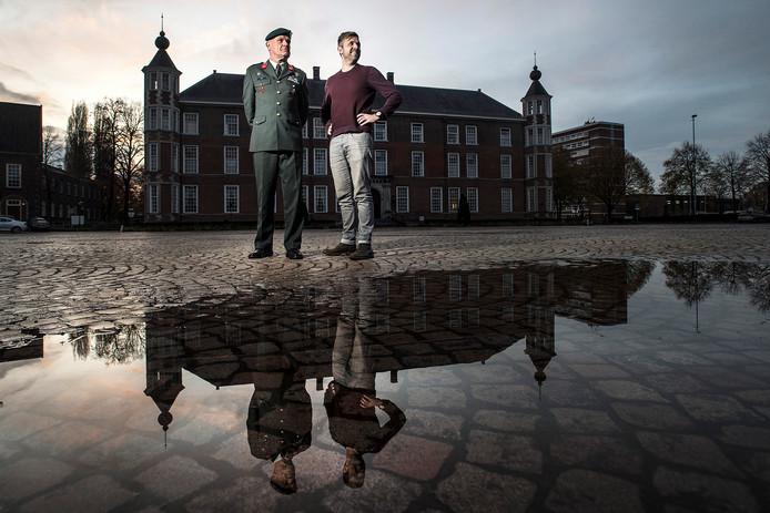 Commandant van de NLDA Nico Geerts (l) neemt na bijna 4 jaar afscheid. Hij is in die periode gecoacht door Richard van Kuijk (r).