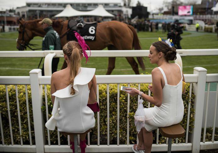 De beroemde Britse paardenrace Grand National Festival