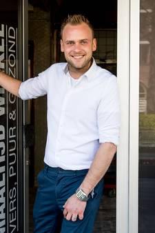 Rik (26) begint in Oldenzaal met maaltijdwinkel 'Aan Tafel'
