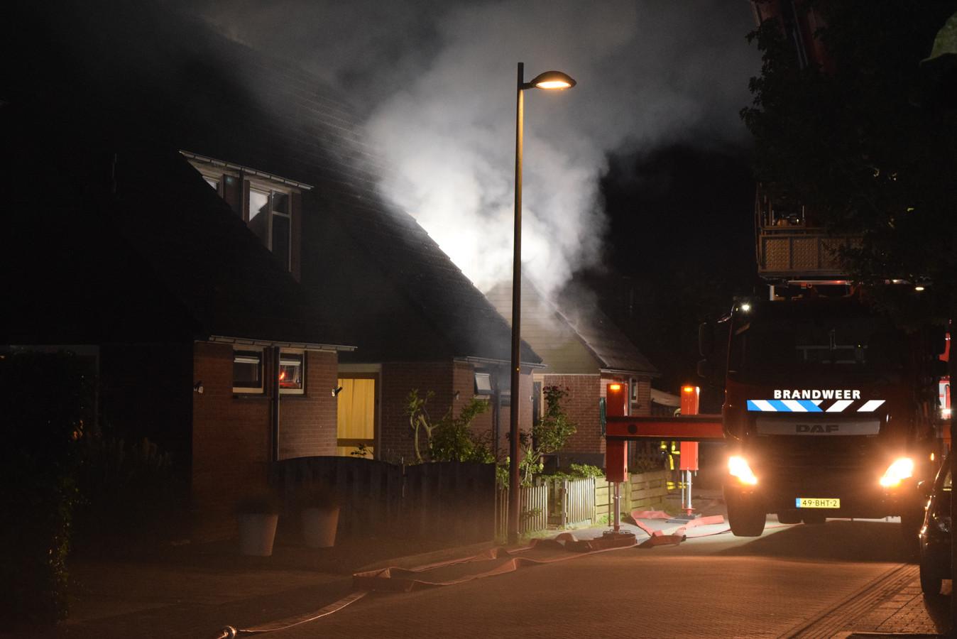 Aan de Papaverstraat in Doetinchem is brand ontstaan in een woonhuis.