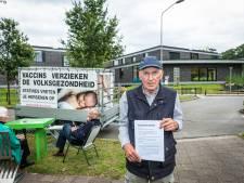 Anti-vaxxer uit Doetinchem lanceert website 'corona-nuchterheid': 'We moeten niet overdrijven'