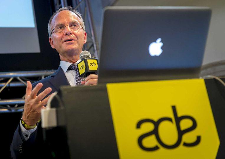 Minister Henk Kamp (Economie) bezoekt ADE. Beeld anp