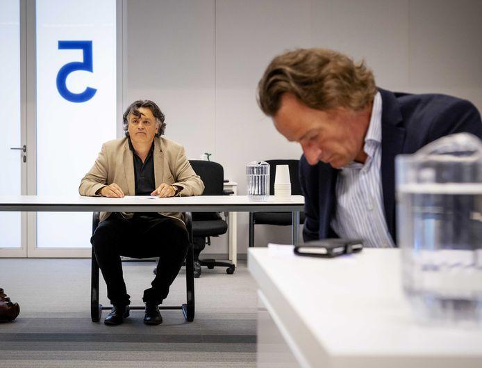 Ondernemer Ab Gietelink en zijn advocaat Jeroen Pols in de rechtbank.