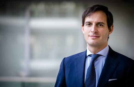 Minister Wopke Hoekstra: 'Bezint eer ge begint'.