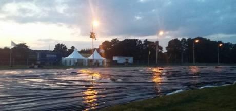 Trekkertrek Buurse gaat gebukt onder regenval
