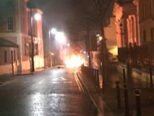 Autobom ontploft bij rechtbank in Noord-Ierse stad Londonderry