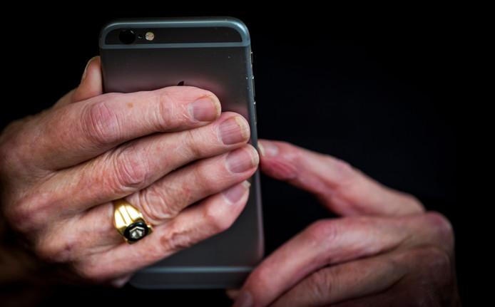Een Schijndelaar stapte naar de politie en rechter nadat hij ruim acht maanden onder meer telefonisch zou zijn gestalkt door zijn ex-schoonvader.