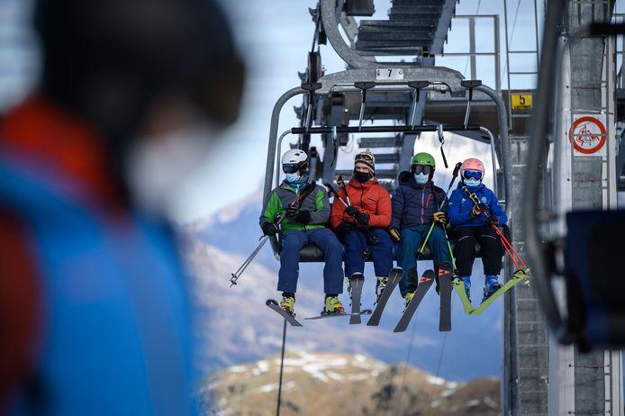 In Verbier in de Zwitserse Alpen kan je nu al skiën.
