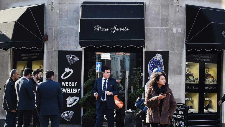 De juwelierszaak Paris Jewels in Hatton Garden, Londen. Beeld epa