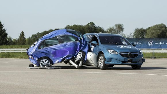 ZF-airbag in actie