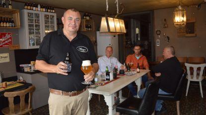 Kleinste café van Haaltert heeft zijn eigen bier