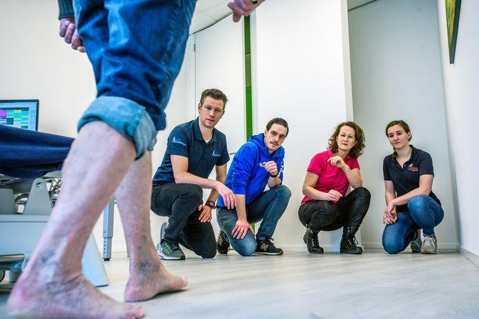 Het voetenteam van Medisch Centrum Oisterwijk (vlnr): Lars van Engelen, Sabine Scheepens, Stefan Verhagen en Gini Ketelaars.