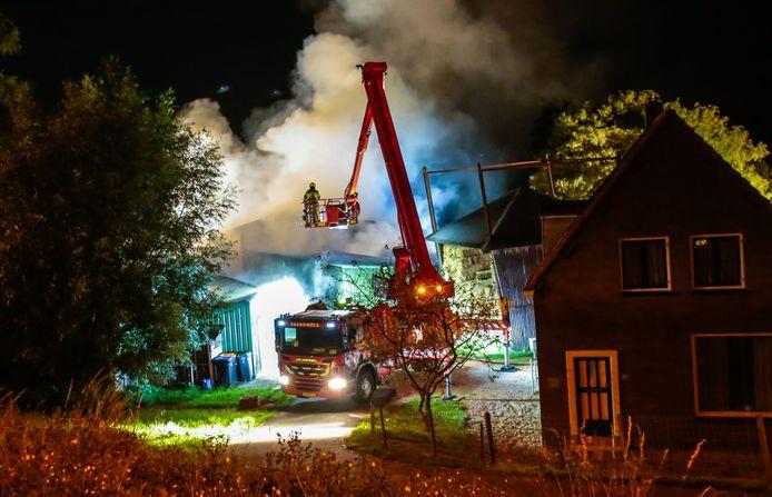 Grote brand aan de Bergstoep in Streefkerk