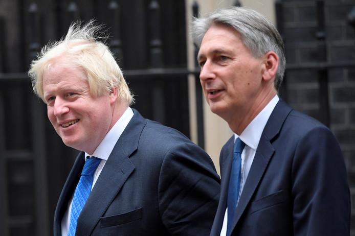 Philip Hammond avec Boris Johnson en septembre 2017.