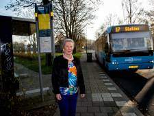 Verdwijnen bushalte drijft Chella (81) uit Apeldoorn tot wanhoop: 'Ik heb er slapeloze nachten van en kalmeringstabletten geslikt'