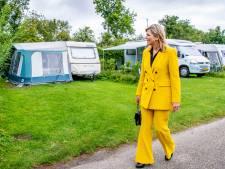 Verrassing! Máxima wandelt 'ineens' over Zeeuwse camping