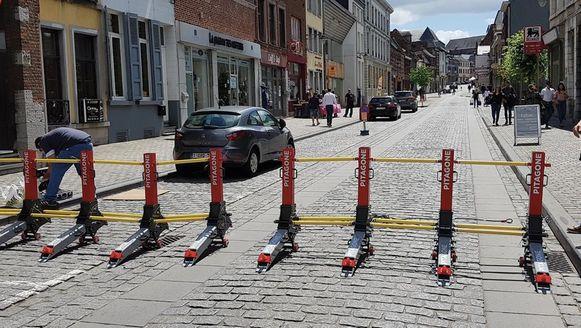 """Geen betonblokken waar je kranen en veel mankracht nodig hebt om ze te plaatsen. """"Maar een mobiele barrière, die één persoon in een paar minuten kan opbouwen."""""""