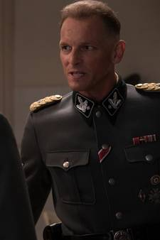 Eerste beelden Barry Atsma als Obergruppenführer