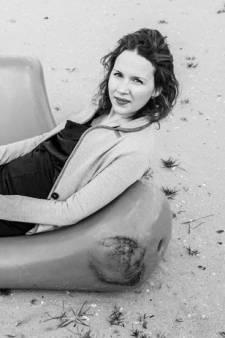 Schrijfster Laura Maaskant uit Emmeloord op 25-jarige leeftijd overleden