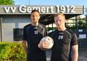 Doelman Bono Barten (links) uit Sint Anthonis en verdediger Bram Jacobs uit Sambeek.