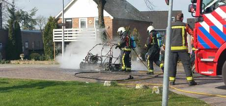 45 km-auto uitgebrand in Zutphen