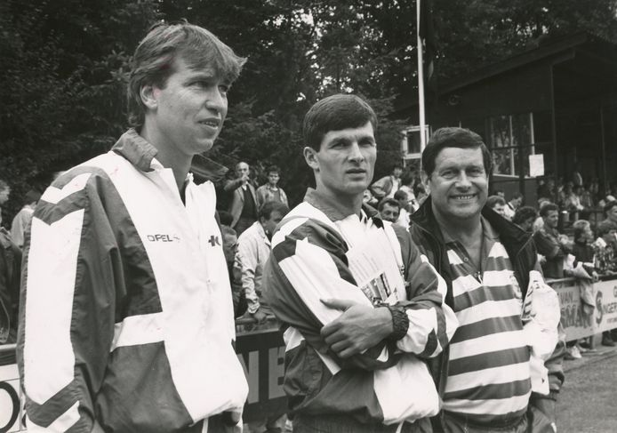 Pim Verbeek (links), met naast zich Ioan Sabau en Ger Lagendijk, in zijn periode bij Feyenoord.