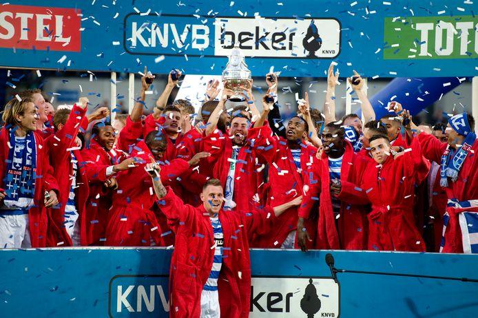 PEC Zwolle won in 2014 voor het eerst de KNVB-beker door Ajax in de finale met 5-1 te verslaan.