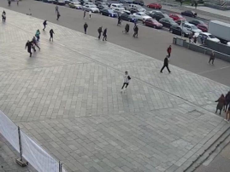 Un véhicule heurte des piétons et tue deux personnes