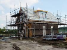 Uitbreiding vakantiepark in Simonshaven gaat pas door na verkoop huizen