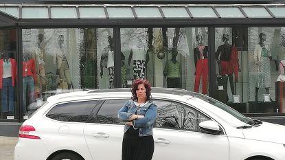 """Zaakvoerster Beauty Factory Geetbets net buiten Parijs overvallen tijdens aankoop van collectie: """"Ze viseren auto's met Belgische nummerplaat waarin vrouw alleen zit"""""""