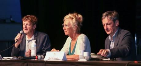 Arts en politicus Dirk Van Duppen, getroffen door pancreaskanker, krijgt warm eerbetoon op ManiFiesta