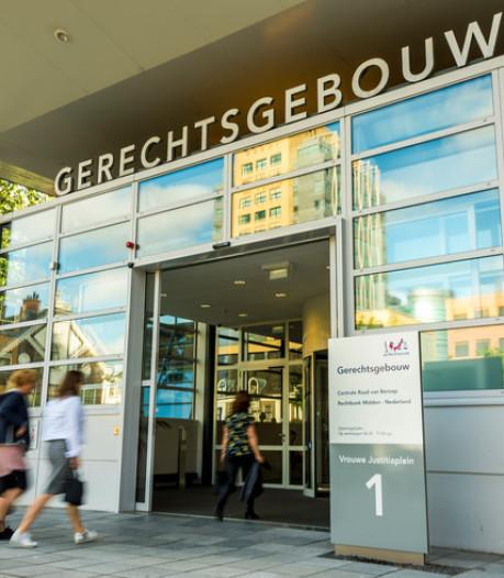 Vrouw uit Baarn hoeft niet de cel in voor stelen 33.000 euro van zoon