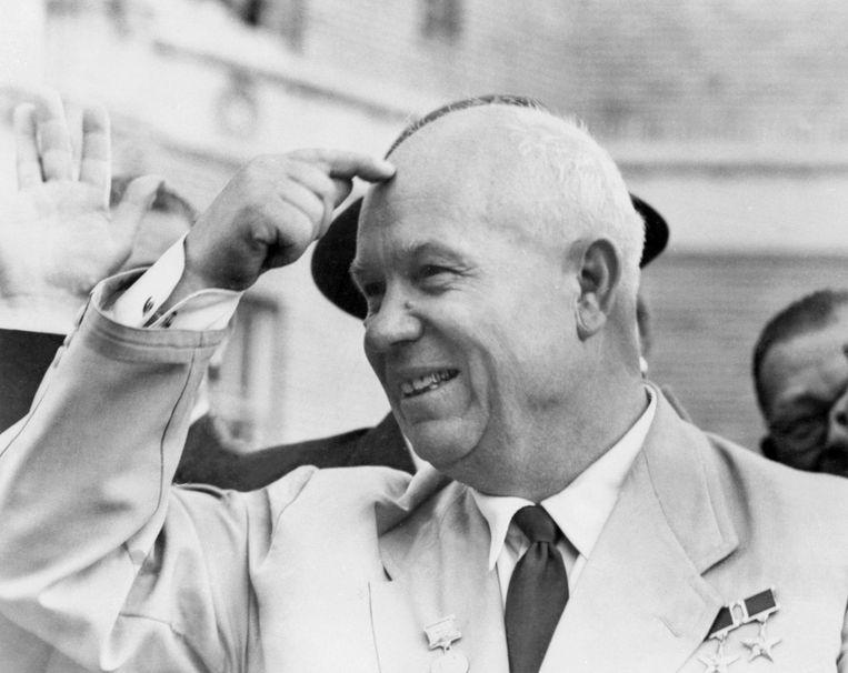 Sovjet-partijleider Nikita Chroesjtsjov wordt door een menigte onthaald in San Francisco in 1959. Beeld afp