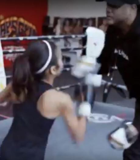 Dit zijn de eerste beelden uit de documentaire over Rotterdams kickbokswonder Amira Tahri (10)