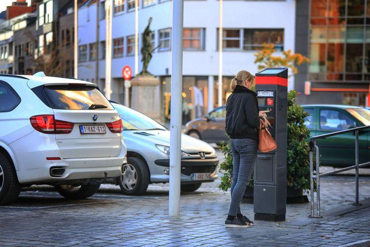 Sinds het nieuwe parkeerbeleid zijn er meer parkeerplaatsen vrij in het centrum.