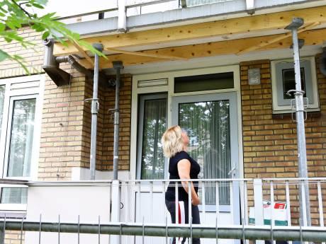 Tientallen balkons moeten versterkt worden na vondst van scheurtjes