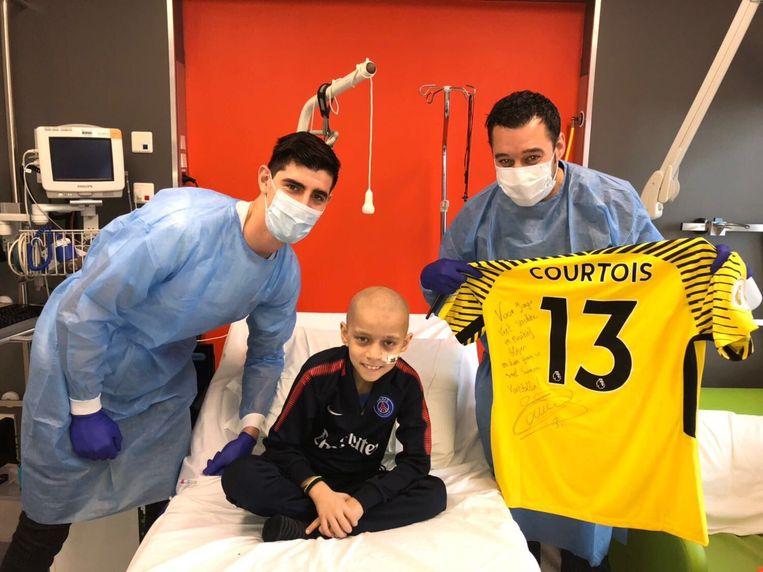 Courtois bezocht op oudjaarsavond leukemiepatiënt Jorgo in het UZ in Leuven.