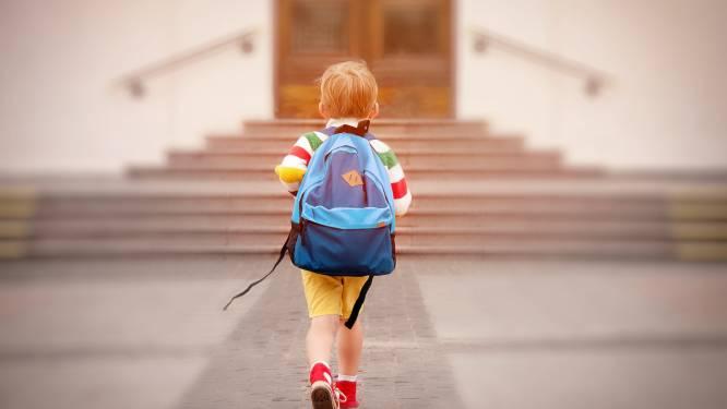 Ontdek zes Wetterse buurtscholen aan de hand van brochure en QR-codes aan de schoolpoorten