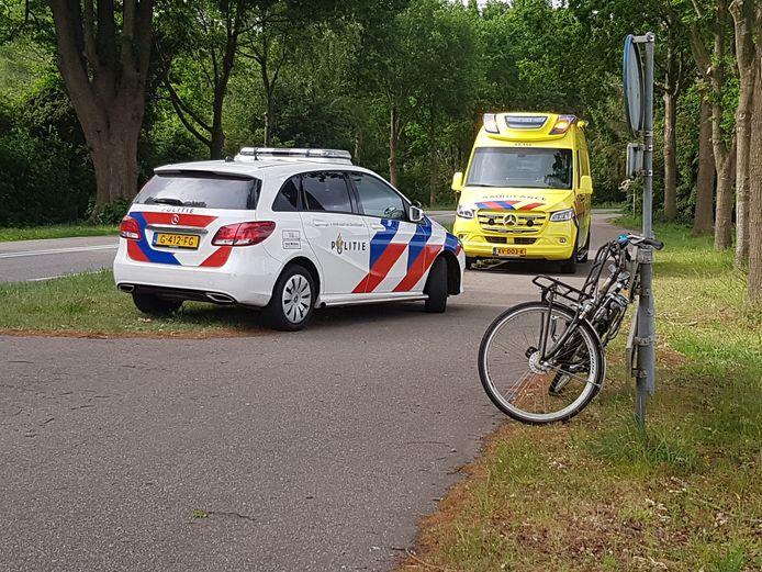 De aanrijding met de fietser vond plaats op Steenwijkerstraatweg in Meppel.