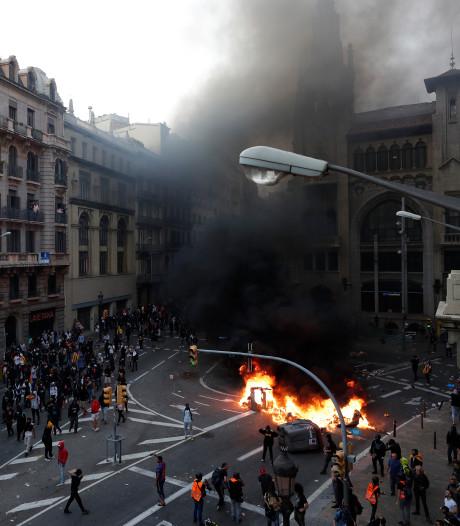 Betogers clashen met politie in Barcelona