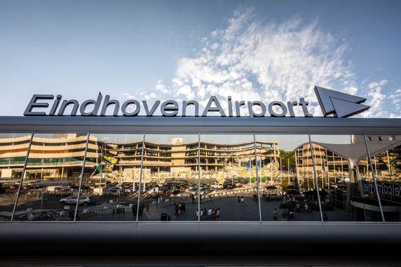 Eindhoven wil dat er vanaf 2019 een toeslag komt op tickets voor vliegreizen vanaf Eindhoven Airport om de leefbaarheid in de omgeving van de luchthaven te verbeteren.