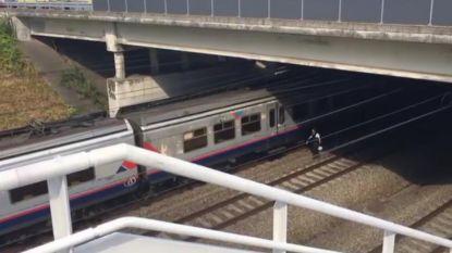 Reizigers uur vast op bloedhete trein