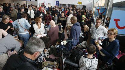 """Aviapartner Oostende zoekt overnemer, personeel dreigt ook daar met staking: """"Het vat is vol"""""""