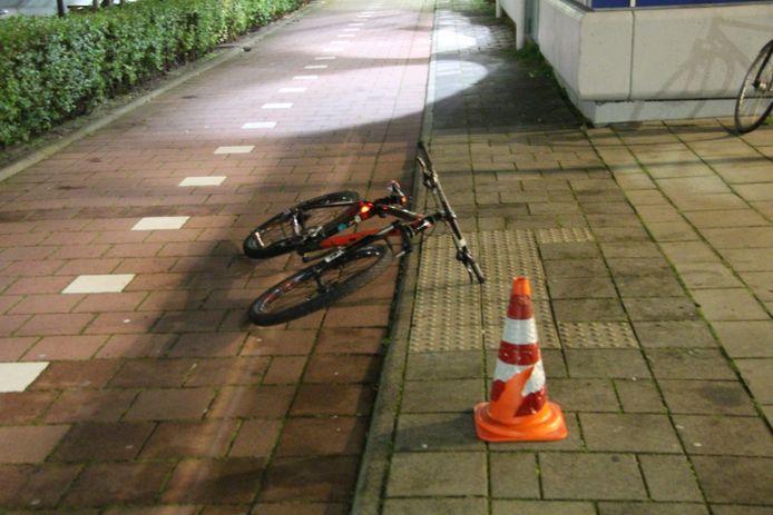 Een stille getuige van het steekdrama in Spijkenisse, waarbij een 14-jarige knul ernstig gewond raakte.