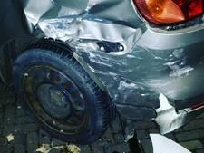 Automobilist rijdt door na ongeval in Gorinchem