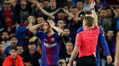Barça trekt met tien man gelijkspel over de streep in bitsige 'Clasico', aanslag van Bale (die later gelijkmaakt) blijft onbestraft