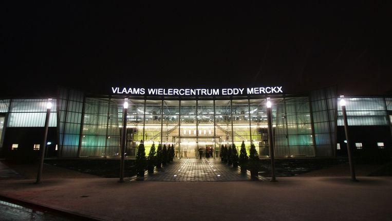 De ploegvoorstelling gaat door in het Vlaams Wielercentrum Eddy Merckx